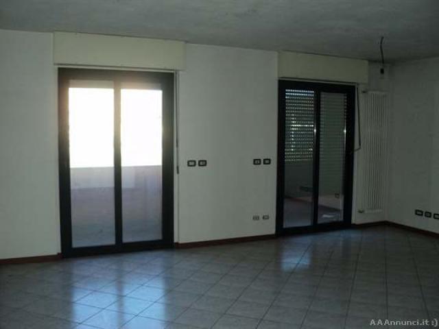 Appartamento in Vendita - Camerlata - 2/4
