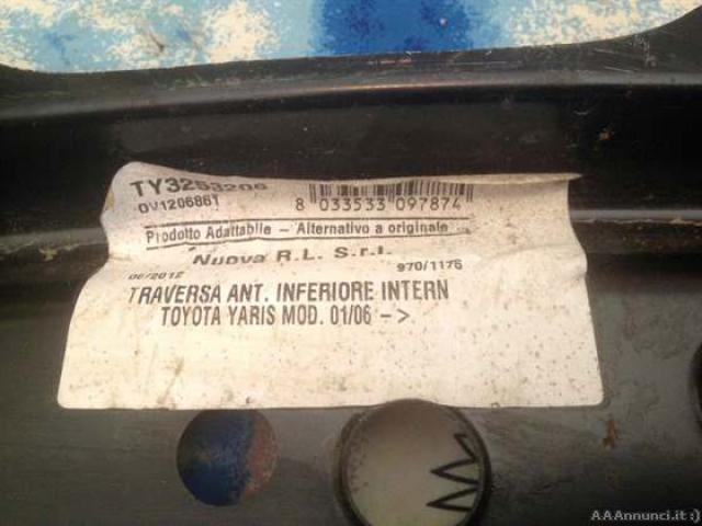 Traversa anteriore - Toyota Yaris dal 01/06 - 2/5