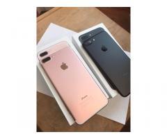 Apple iPhone 7 - €320 e Apple iPhone 7 Plus - €335 e Samsung galaxy S8 per €350