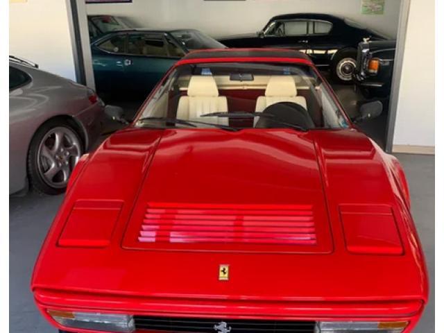 Esemplare unico di Ferrari 208 GTS Turbo Inter ABS - 2/5