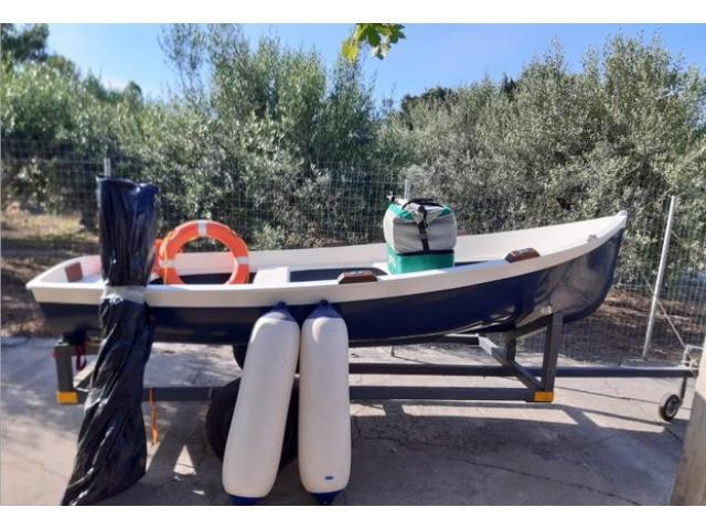 Barca 3,6 mt con motore 5cv - 1/3