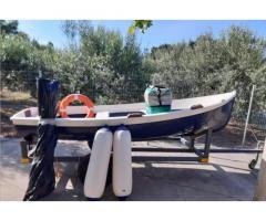 Barca 3,6 mt con motore 5cv - Immagine 1/3