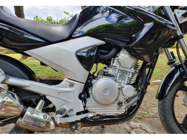 Yamaha ybr 250 - 4/4