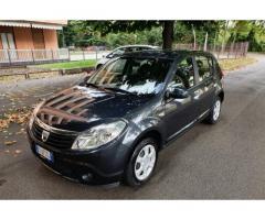 Dacia Sandero 1.2 benzina anno 2010 km 50.000