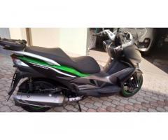 Kawasaki J300 - special edition