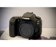 Canon EOS 90D NUOVA
