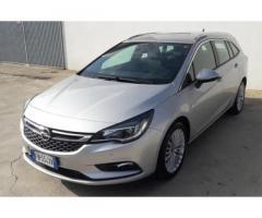 Opel astra sport tourer 110 cv innovation
