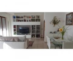 Appartamento con garage e giardino
