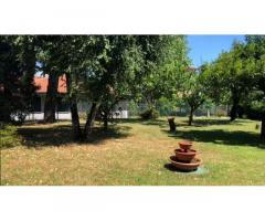 Quadrilocale in villa centrale con giardino