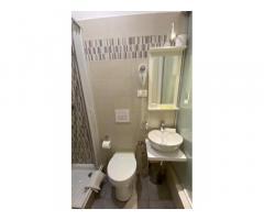 Camera singola con bagno privato interno